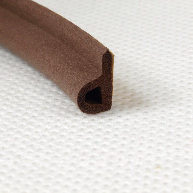 Uszczelka samoprzylepna GP 9×5,5mm brązowa (100m) do okien i drzwi